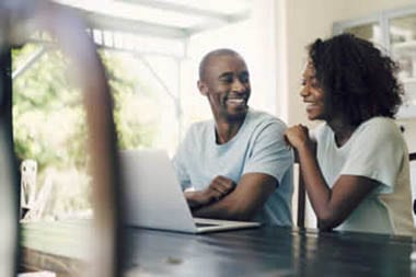 couple-starting-mortgage-application